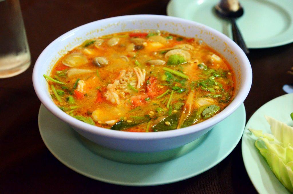halal tom yum noodle